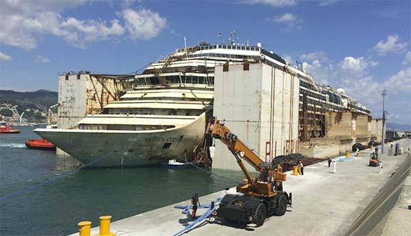 Costa Concordia Refloating- Bow Emerges